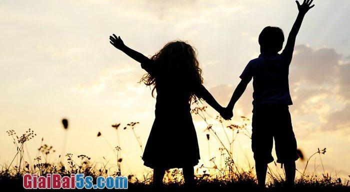 Đề 65 – Kể lại một kỉ niệm sâu sắc về người thân trong gia đình.